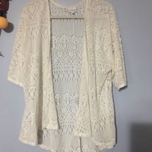 Beautiful Heavy Knit Lace Lindsay Large